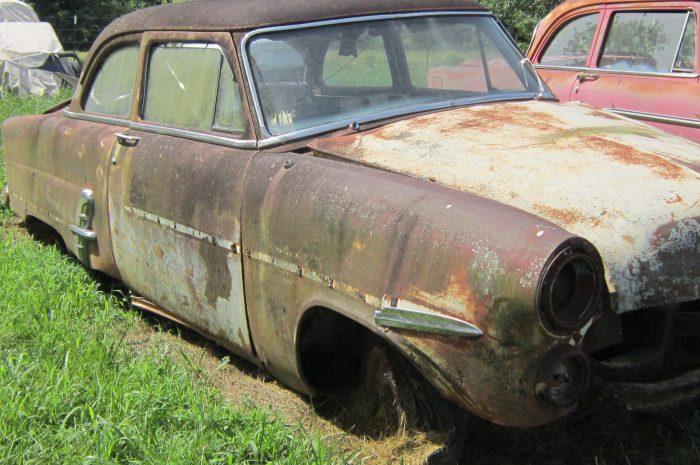 1952 Ford 2 dr sedan