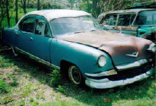 1953 Kaiser Traveler Sedan