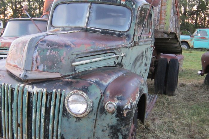 SOLD *1942 Ford 1.5 ton
