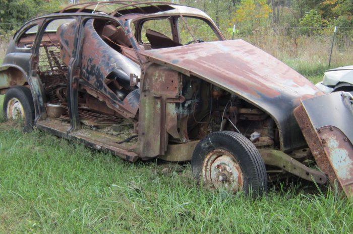 1947 Olds 4 dr fastback