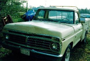 1975 Ford tan F250